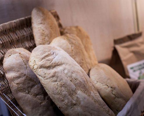 forno a legna k2 - filoni di pane di chiaserna